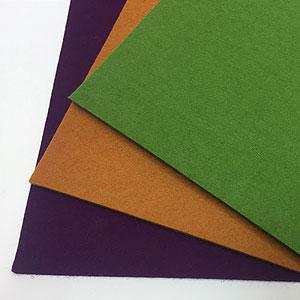 毛氈:紫黄緑